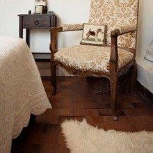 Фотография: Спальня в стиле Кантри, Стиль жизни, Советы, Париж, Airbnb – фото на InMyRoom.ru