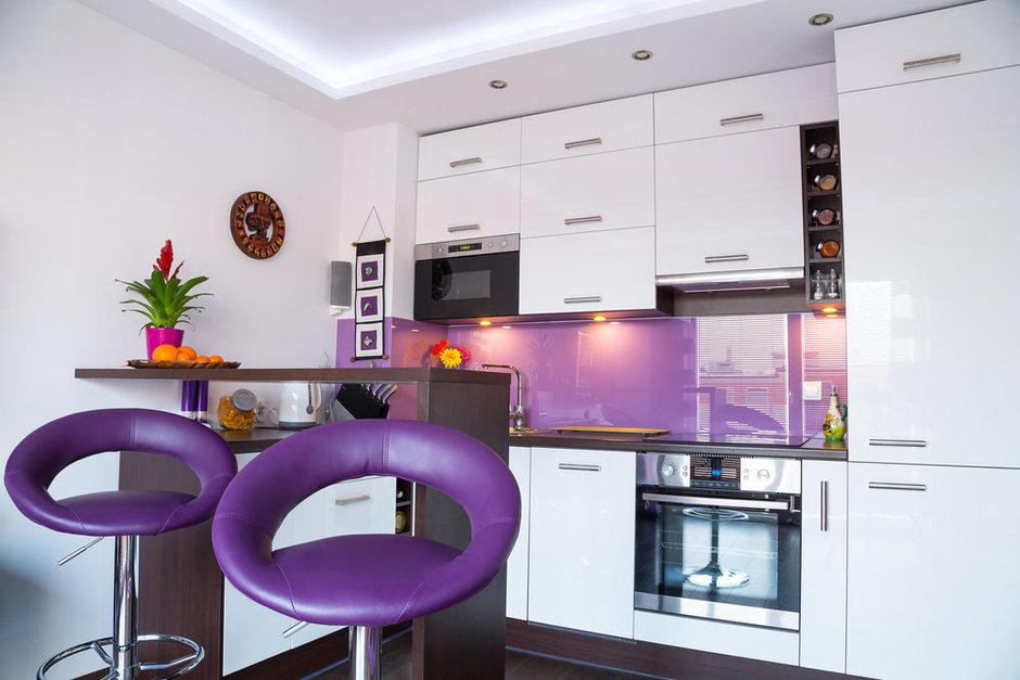 Фотография: Кухня и столовая в стиле Современный, Декор интерьера, Мебель и свет, Кресло – фото на InMyRoom.ru