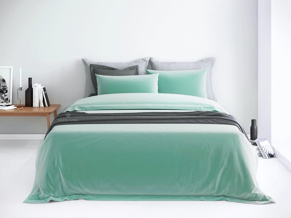 Комплект мятного цвета, простынь 160х200 на резинке