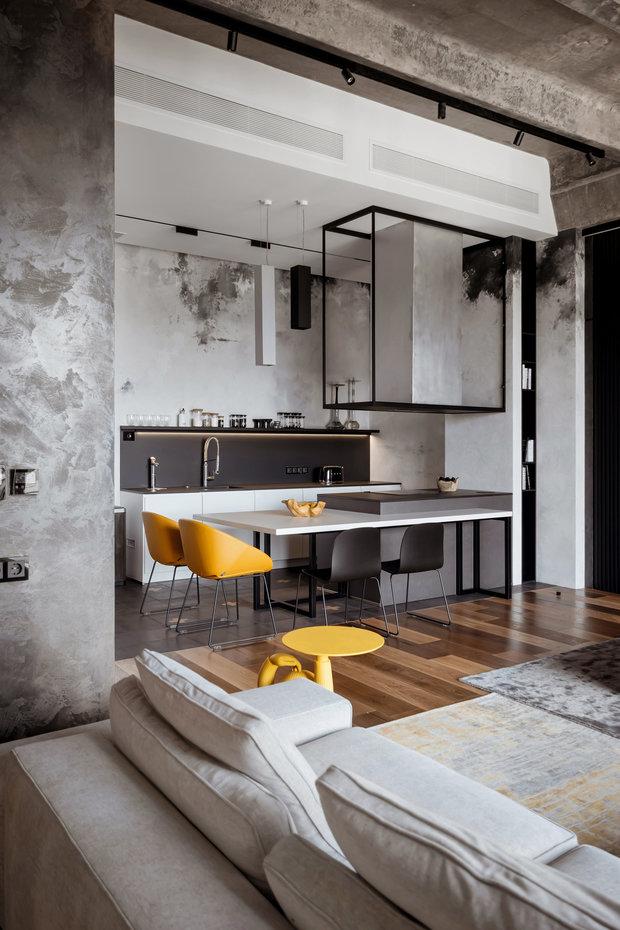 Фотография: Кухня и столовая в стиле Лофт, Квартира, Проект недели, Москва, 3 комнаты, Более 90 метров – фото на INMYROOM