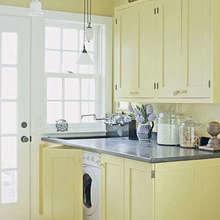 Фотография: Кухня и столовая в стиле Кантри, Декор интерьера, Декор дома, Системы хранения – фото на InMyRoom.ru
