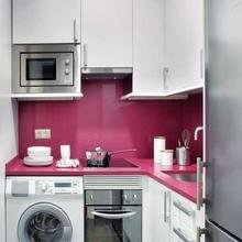 Фотография: Кухня и столовая в стиле Современный, Малогабаритная квартира, Интерьер комнат, Советы – фото на InMyRoom.ru