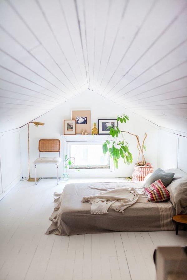 Фотография: Спальня в стиле Скандинавский, Классический, Декор интерьера, Дом, Минимализм, Эко – фото на InMyRoom.ru