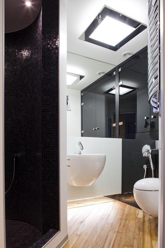Фотография: Ванная в стиле Современный, Хай-тек, Квартира, Дома и квартиры, Минимализм – фото на InMyRoom.ru