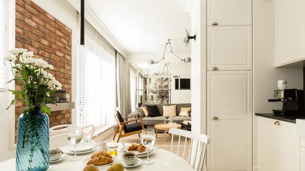Фотография: Кухня и столовая в стиле Скандинавский, Декор интерьера, Малогабаритная квартира, Польша – фото на InMyRoom.ru
