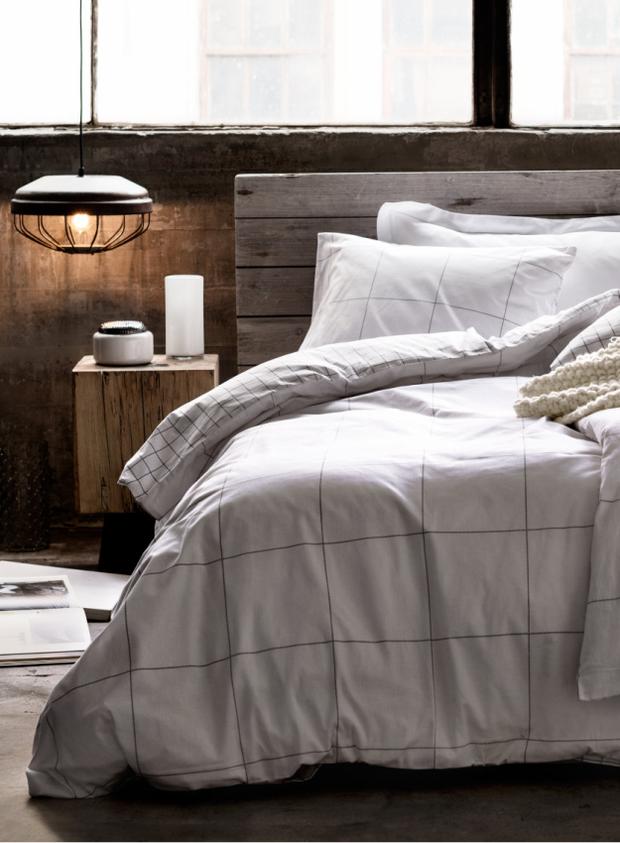 Фотография: Спальня в стиле Прованс и Кантри, Скандинавский, Декор интерьера, Текстиль – фото на InMyRoom.ru