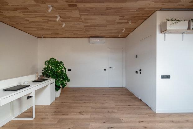 Фотография: Кабинет в стиле Минимализм, Скандинавский, Квартира, Украина, Проект недели, 2 комнаты, 60-90 метров, Lauri Brothers – фото на INMYROOM