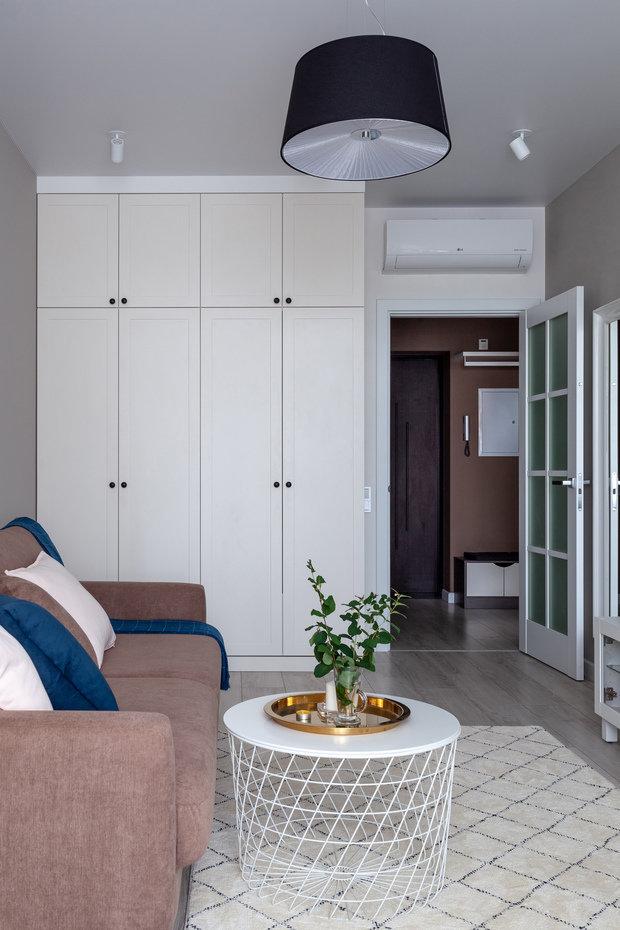 Фотография: Гостиная в стиле Современный, Квартира, Проект недели, 1 комната, 40-60 метров, Анна Иноземцева – фото на INMYROOM