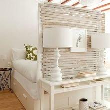 Фотография: Спальня в стиле Кантри, Малогабаритная квартира, Квартира, Студия, Планировки – фото на InMyRoom.ru