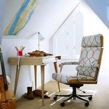 Фотография: Кабинет в стиле Скандинавский, Интерьер комнат, Мансарда – фото на InMyRoom.ru