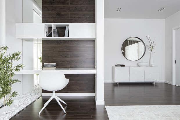 Фото из портфолио Большой красивый белый дом – фотографии дизайна интерьеров на INMYROOM
