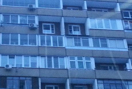 Устройство крыши над застекленным балконом