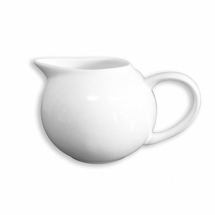Молочник белого цвета