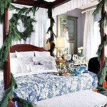 Фотография: Спальня в стиле Кантри, Декор интерьера, Праздник, Новый Год – фото на InMyRoom.ru