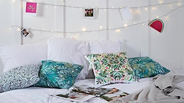 Фотография: Спальня в стиле Скандинавский, Декор интерьера, уют дома, скандинавский стиль в интерьере, хюгге – фото на INMYROOM