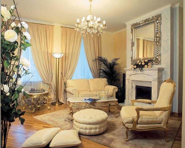 Фотография: Гостиная в стиле Классический, Декор интерьера, Квартира, Дом, Декор, Советы – фото на InMyRoom.ru