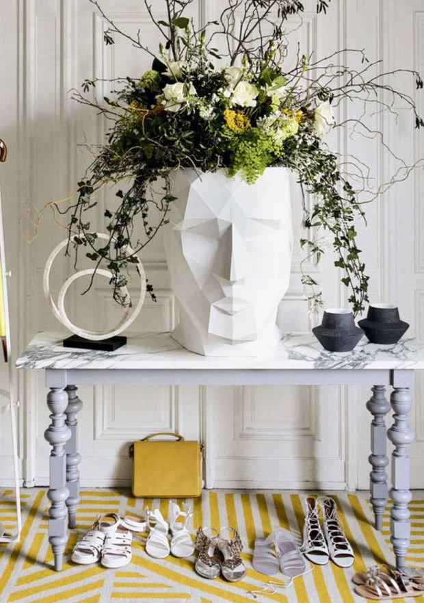 Фотография: Прихожая в стиле Эклектика, Декор интерьера, Зеленый, растения в горшках в интерьере, комнатные растения для ванной комнаты – фото на INMYROOM