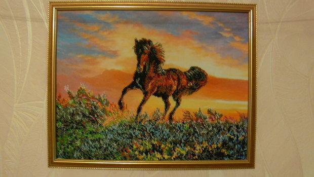 продам картины вышитые бисером и мулине