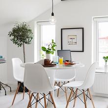 Фотография: Кухня и столовая в стиле Скандинавский, Малогабаритная квартира, Квартира, Дома и квартиры, Мансарда – фото на InMyRoom.ru