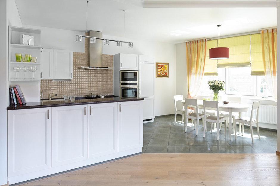 Фотография: Кухня и столовая в стиле Современный, Минимализм, Классический, Квартира, Проект недели – фото на InMyRoom.ru
