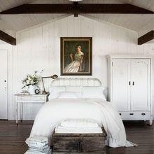 Фотография: Спальня в стиле Кантри, Скандинавский, Классический, Декор интерьера, Декор дома, Картины – фото на InMyRoom.ru