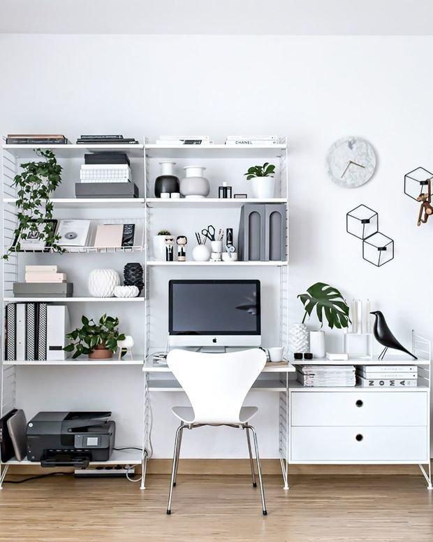 Фотография: Кабинет в стиле Современный, Декор интерьера, как обустроить рабочее место дома, рабочее место в квартире, обустройство рабочего места – фото на InMyRoom.ru