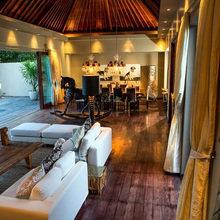Фотография: Гостиная в стиле Восточный, Дом, Дома и квартиры, Городские места, Бали – фото на InMyRoom.ru