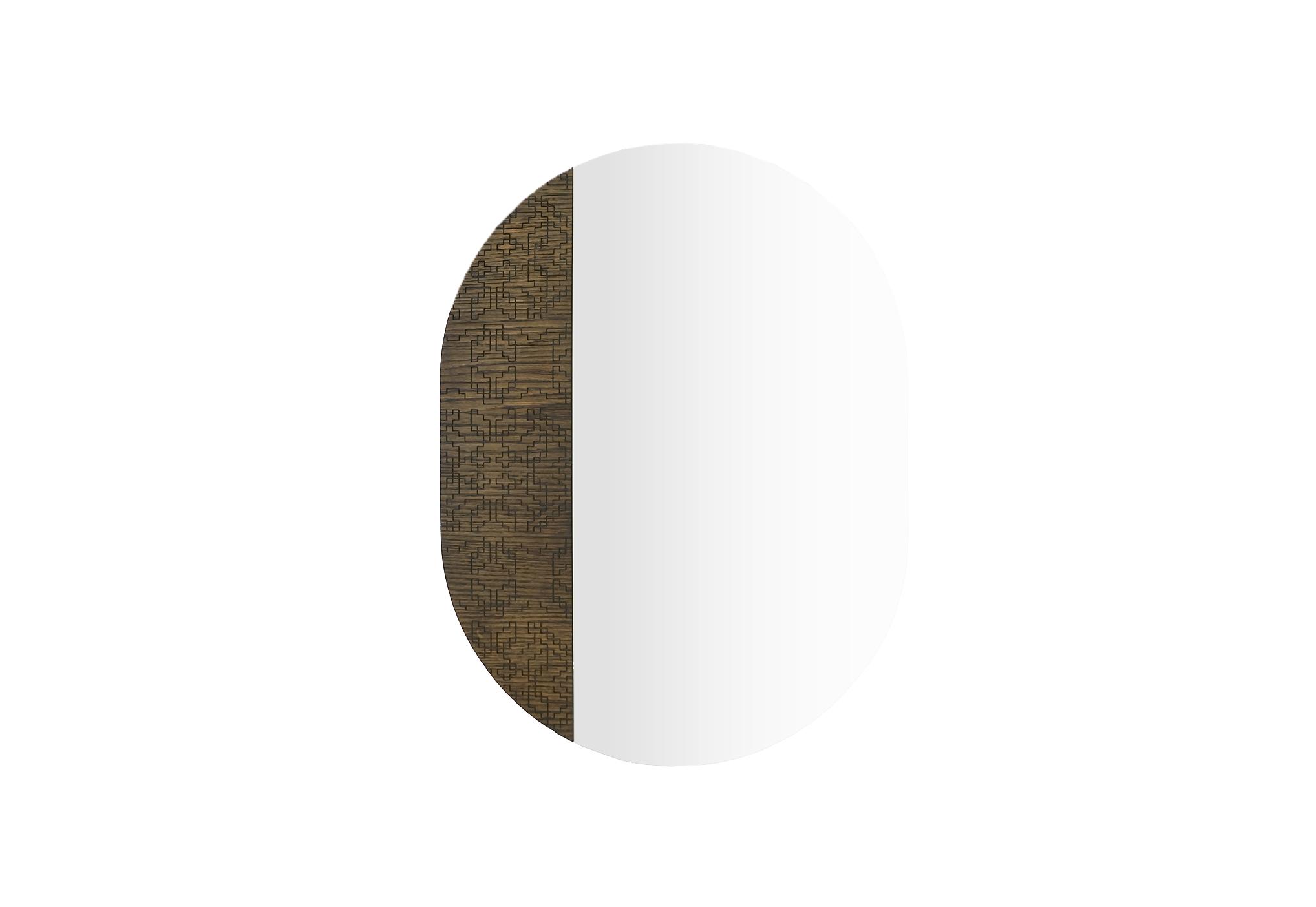Настенное зеркало a la Russe_mr о овальной формы