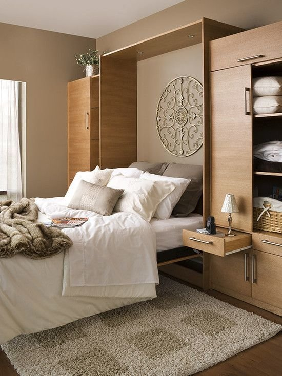 Фотография: Спальня в стиле Современный, Советы, Бежевый, Серый, Мебель-трансформер, кровать-трансформер, диван-кровать – фото на InMyRoom.ru