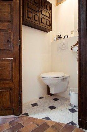 Фотография: Ванная в стиле Прованс и Кантри, Стиль жизни, Советы, Париж, Airbnb – фото на InMyRoom.ru