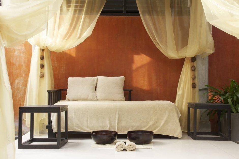 Фотография: Спальня в стиле Современный, Декор интерьера, Квартира – фото на InMyRoom.ru