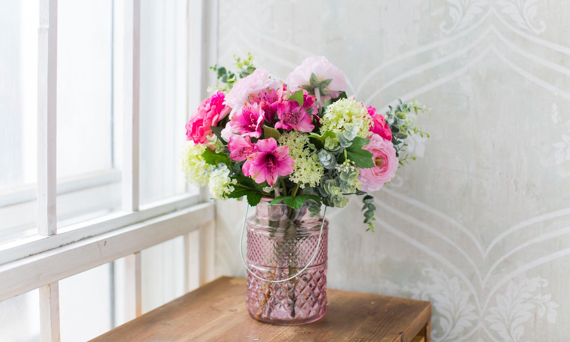 Купить Композиция из искусственных цветов - розовая протея, альстромерия, ранункулюсы, inmyroom, Россия