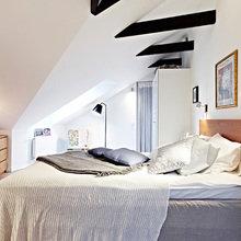 Фотография: Спальня в стиле Скандинавский, Квартира, Швеция, Цвет в интерьере, Дома и квартиры, Белый, Черный – фото на InMyRoom.ru