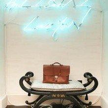 Фотография: Декор в стиле Кантри, Декор интерьера, Мебель и свет, Подсветка, Неон – фото на InMyRoom.ru