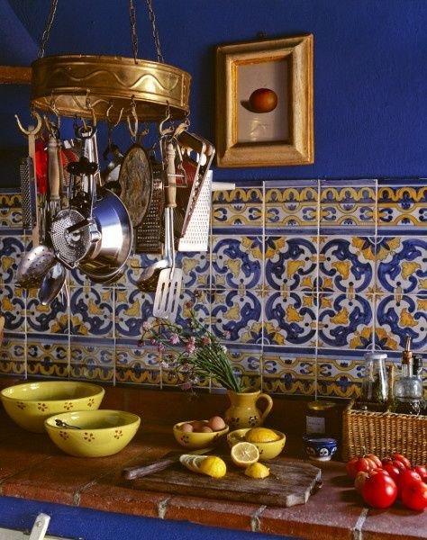 Фотография: Кухня и столовая в стиле Прованс и Кантри, Советы, Ремонт, Ремонт на практике – фото на InMyRoom.ru