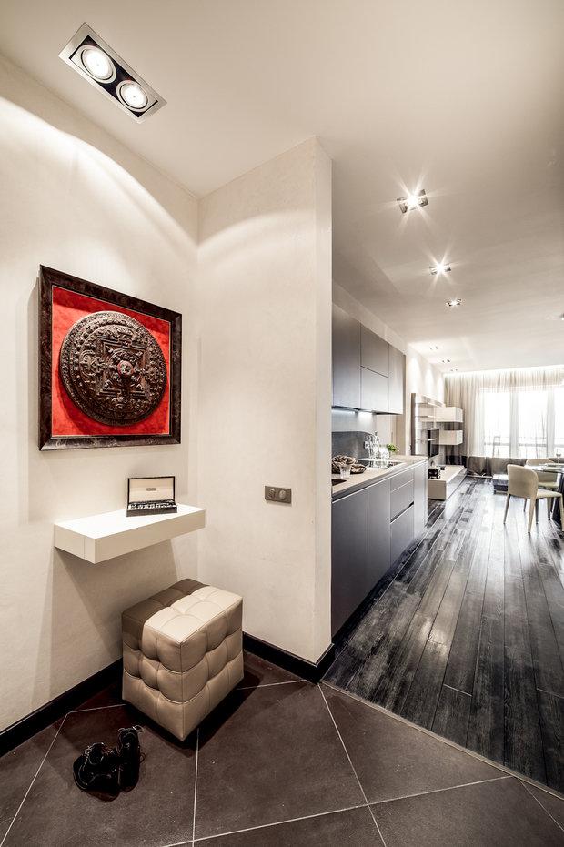 Интерьер недели: квартира со стеной из оникса