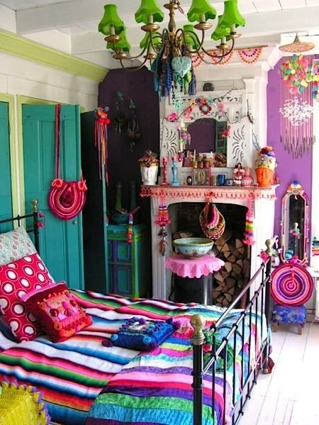 Фотография: Спальня в стиле Прованс и Кантри, Классический, Декор интерьера, DIY, Мебель и свет, Советы, Люстра – фото на InMyRoom.ru