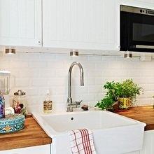 Фотография: Кухня и столовая в стиле Кантри, Скандинавский, Квартира, Швеция, Цвет в интерьере, Дома и квартиры, Белый – фото на InMyRoom.ru