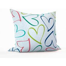 Декоративная подушка: Цветные сердечки