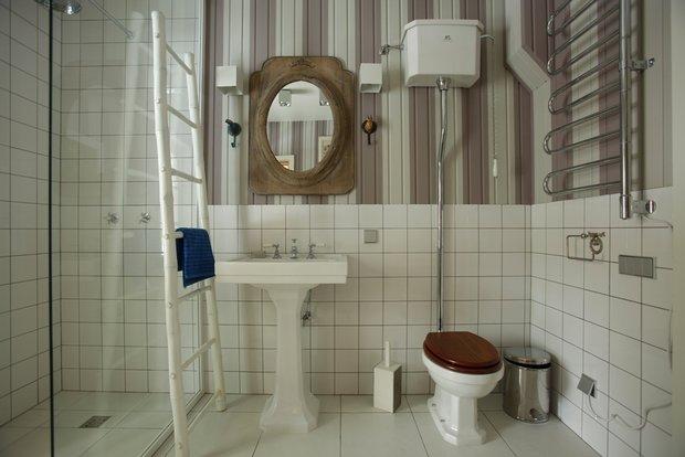Фотография: Ванная в стиле Классический, Интерьер комнат, Цвет в интерьере, Белый, Проект недели – фото на InMyRoom.ru
