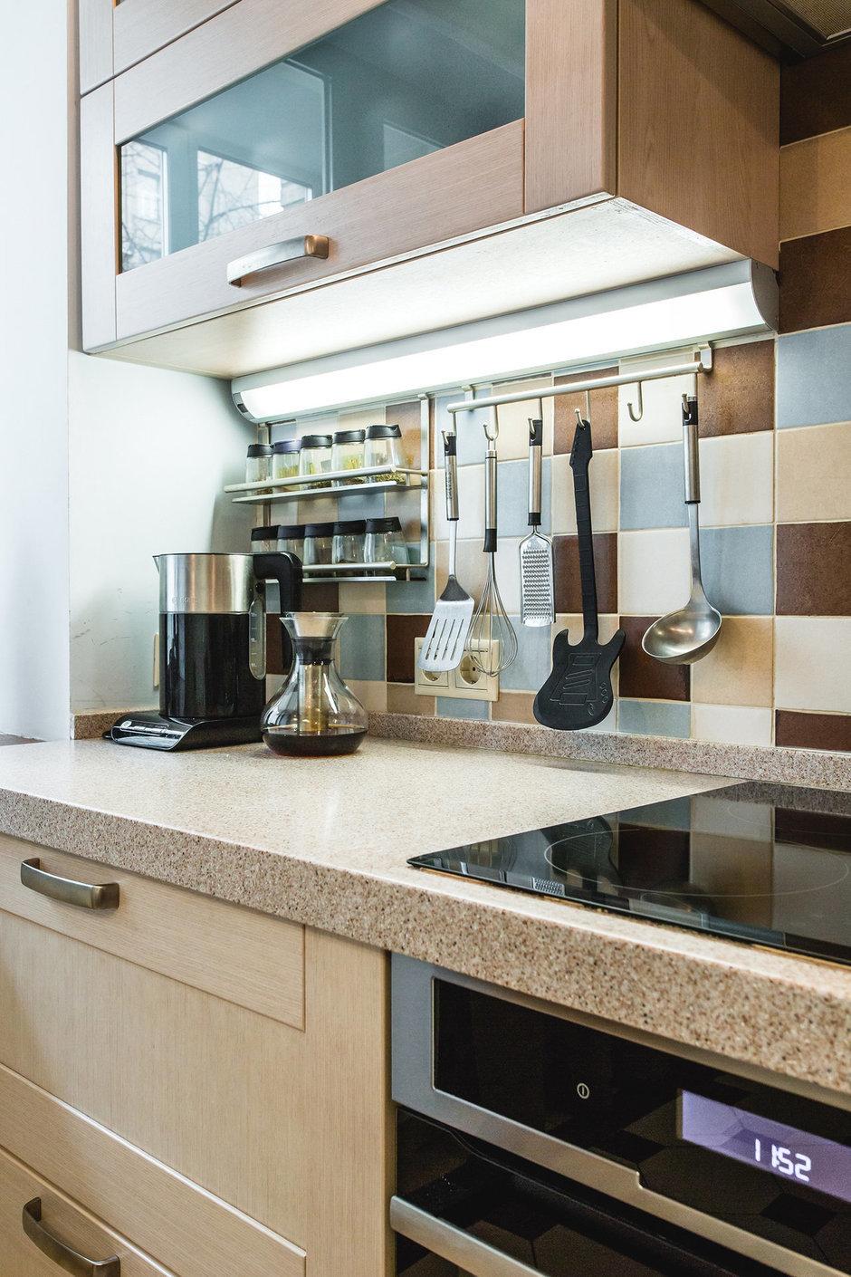 Фотография: Кухня и столовая в стиле Современный, Классический, Квартира, Проект недели, Jazzberry – фото на InMyRoom.ru