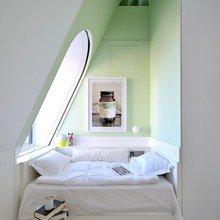 Фотография: Спальня в стиле Скандинавский, Лофт, Декор интерьера, Квартира, Цвет в интерьере, Дома и квартиры, Белый – фото на InMyRoom.ru