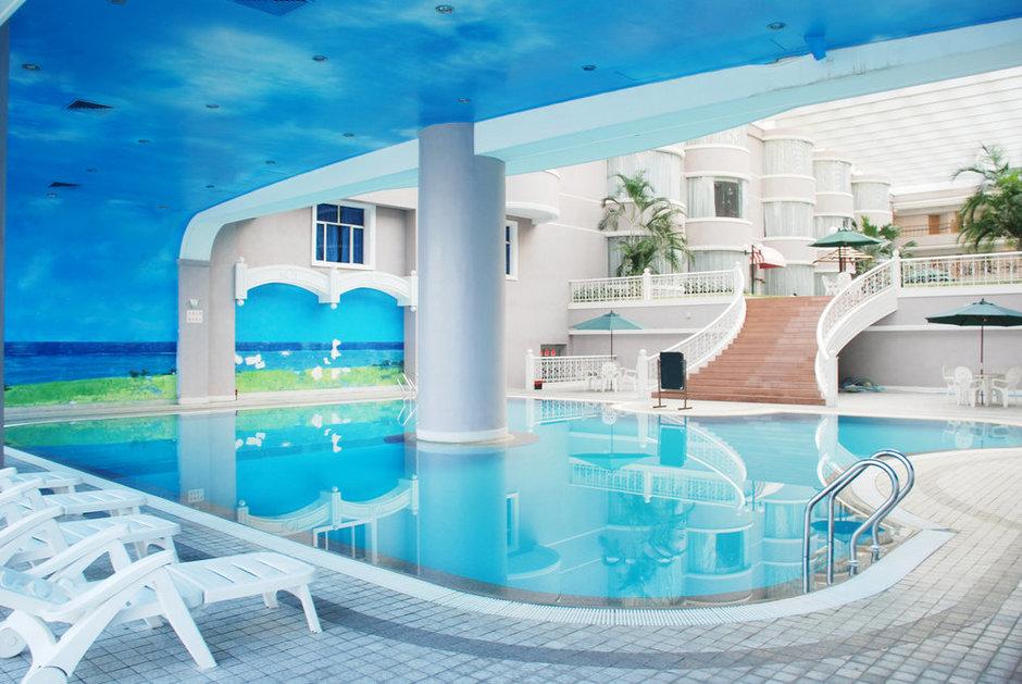 Фотография:  в стиле Современный, Ландшафт, Стиль жизни, Бассейн – фото на InMyRoom.ru