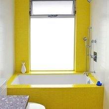 Фотография: Ванная в стиле Современный, Декор интерьера, Дизайн интерьера, Цвет в интерьере, Желтый – фото на InMyRoom.ru