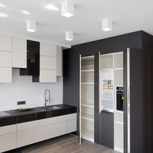 Фотография: Кухня и столовая в стиле Современный, Квартира, Минимализм, Проект недели – фото на InMyRoom.ru