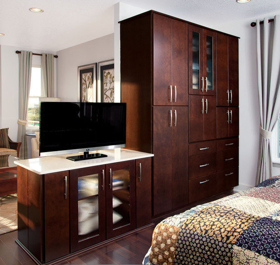 Фотография: Спальня в стиле Прованс и Кантри, Декор интерьера, Декор дома, Ширма, Перегородки – фото на InMyRoom.ru