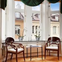 Фотография: Гостиная в стиле Кантри, Классический, Малогабаритная квартира, Квартира, Дома и квартиры, Стокгольм – фото на InMyRoom.ru
