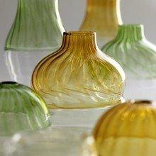 Фото из портфолио стеклянные вазы – фотографии дизайна интерьеров на INMYROOM