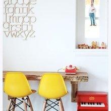 Фотография: Мебель и свет в стиле Лофт, Декор интерьера, Дизайн интерьера, Цвет в интерьере, Желтый – фото на InMyRoom.ru