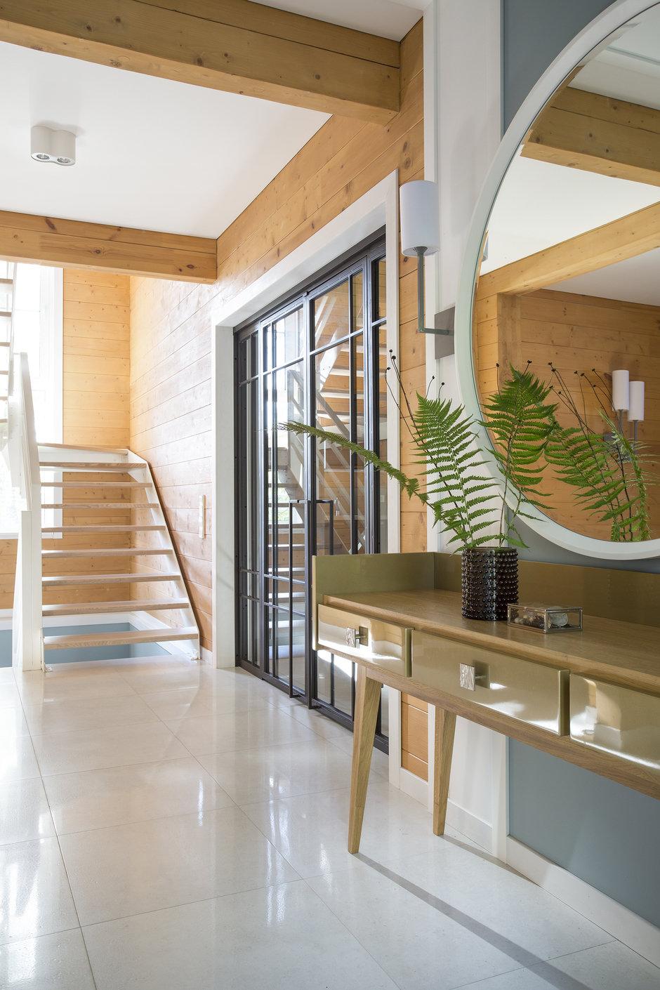 Фотография: Прихожая в стиле Современный, Дом, 4 и больше, Более 90 метров, Студия TS Design, #эксклюзивныепроекты – фото на InMyRoom.ru